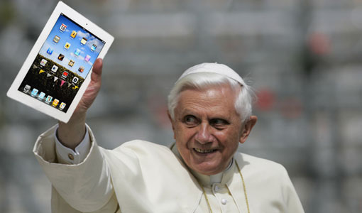 The Pope made a Twitter account
