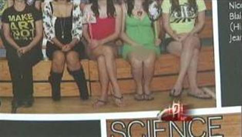 16-year-old No Panties Yearbook Pic
