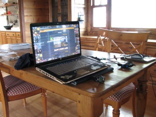Show Us Your Gaming Setup!